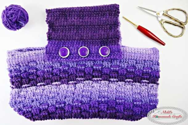Body and Handle part of the Purple Passion Project Purse featuring the Tri Squares Stitch pattern and the Linked Treble Crochet.