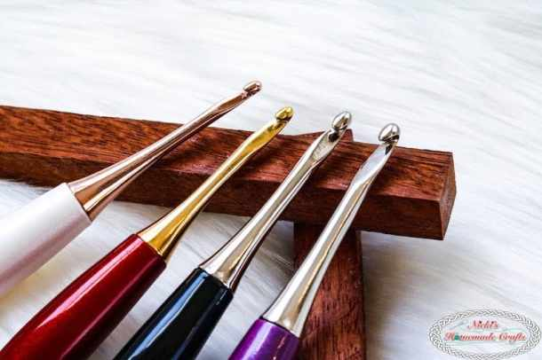 Learn the Secret why Furls Odyssey Crochet Hooks are so amazing and ergonomically beneficial. Gold Crochet Hook, Rose Gold Crochet Hook, Black Crochet Hook, Purple Crochet Hook