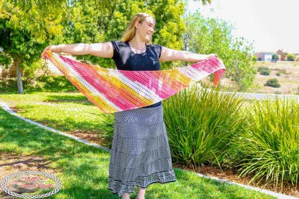 Boomerang Sunset colored Easy Crochet Scarf for beginners