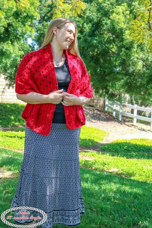 Romantic Crochet Wrap To Dress Up On Date Nights Free Crochet Pattern
