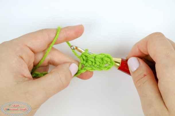 Half Double Crochet (hdc) Tutorial