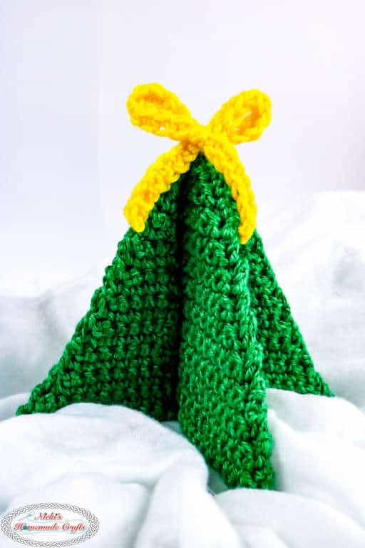 Small Christmas Tree with Bow, foldable