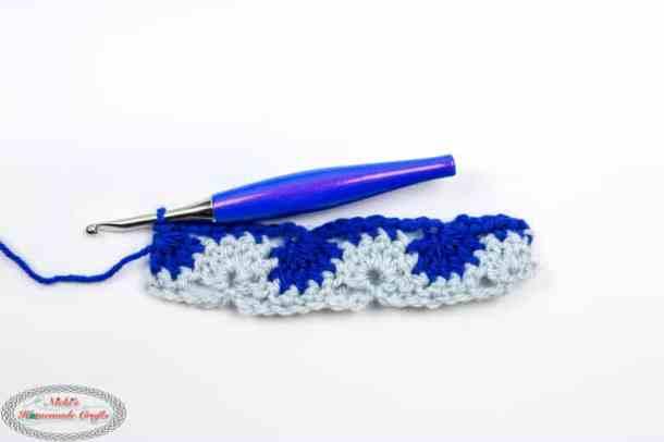 Crochet Catherine's Wheel Stitch Row 2