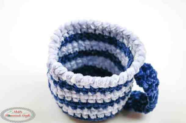 Ice Cream Cozy - free crochet pattern