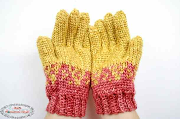 Crochet Gloves in orange and red
