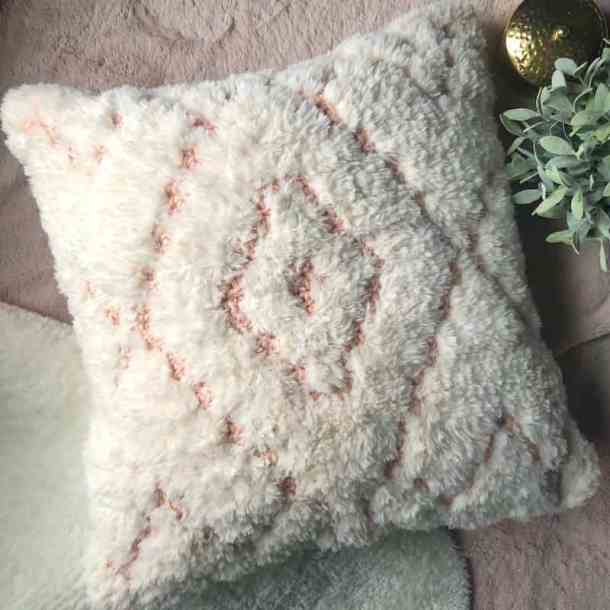 Marilyn Faux Fur Pillow - And She Laughs Crochet