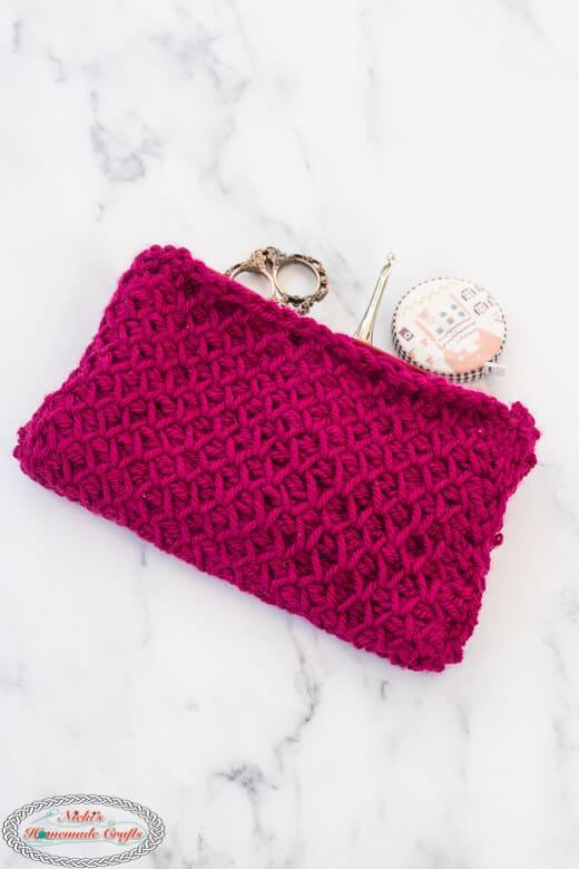 Tunisian Smock Pouch - Free Crochet Pattern