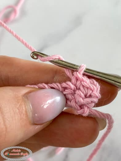 Crocheting with Z twisted yarn - yarn does not split