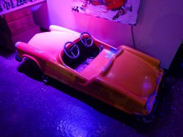 double-adorable toy car!