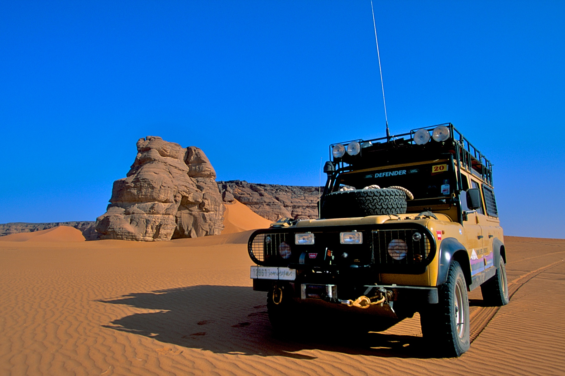 Specifications 1998 Land Rover Defender 110 Camel Trophy