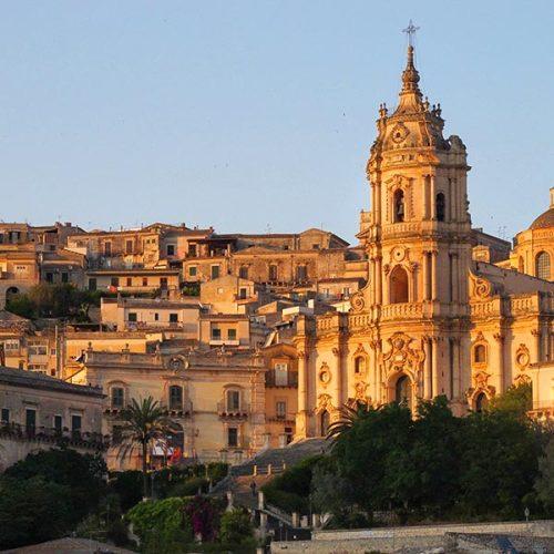 Travel Italy with Nicky Pellegrino