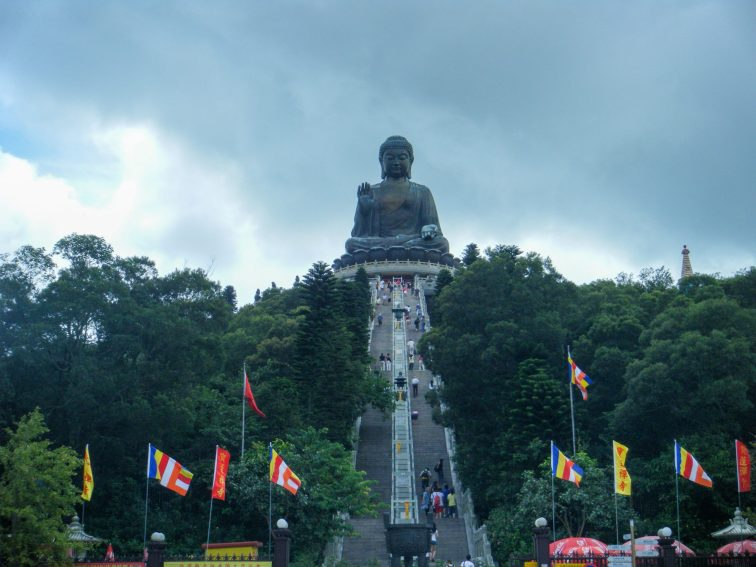 Tian Tan Buddha, Honk Kong