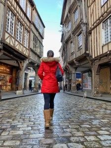 Strolling the streets of Dinan