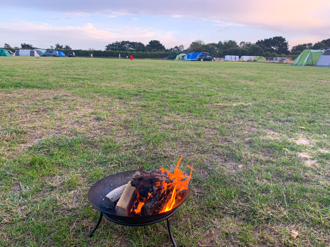 Lepe beach campsite in the New Forest allows campfires