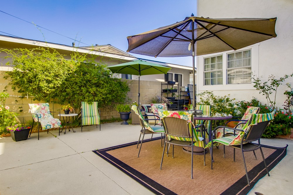2729-ostrom-ave-056_web