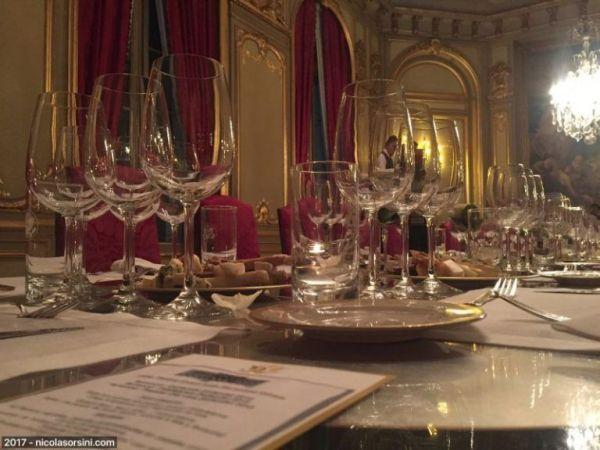 Mesa con copas