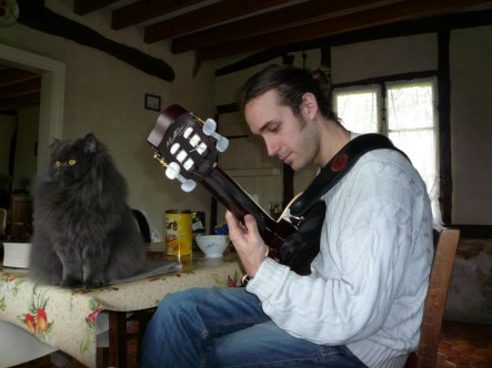 Mingus the cat & Nicolas Parent, Chapelle-Hareng (2008)