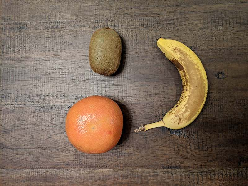 Grapefruit kiwi and banana fruit salad ingredients