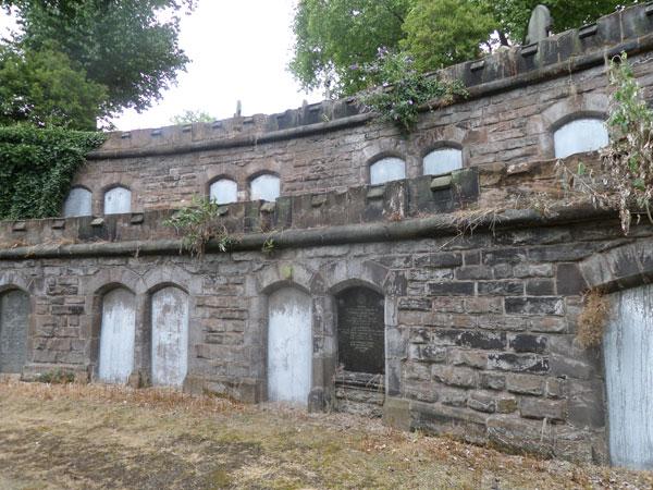 Warstone-Lane-Cemetery---54
