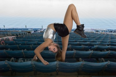 NicoleWinterContortion05
