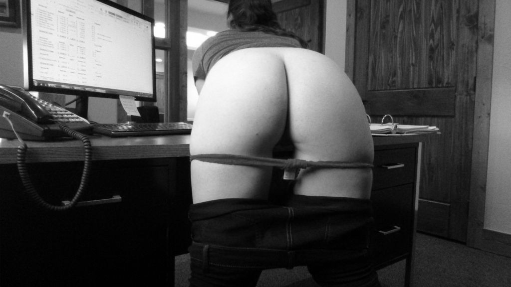 Late Night At Work - Office Quickie