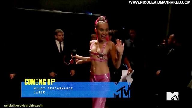 Miley Cyrus Nude Sexy Scene 2015 Mtv Video Music Awards Foxy