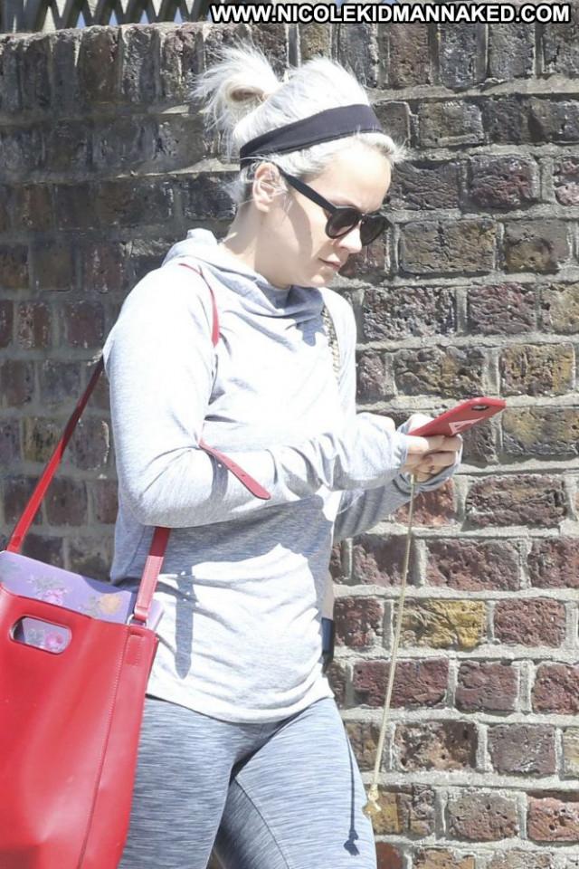 Lily Allen Yoga Class Babe Yoga Paparazzi London Beautiful Posing Hot