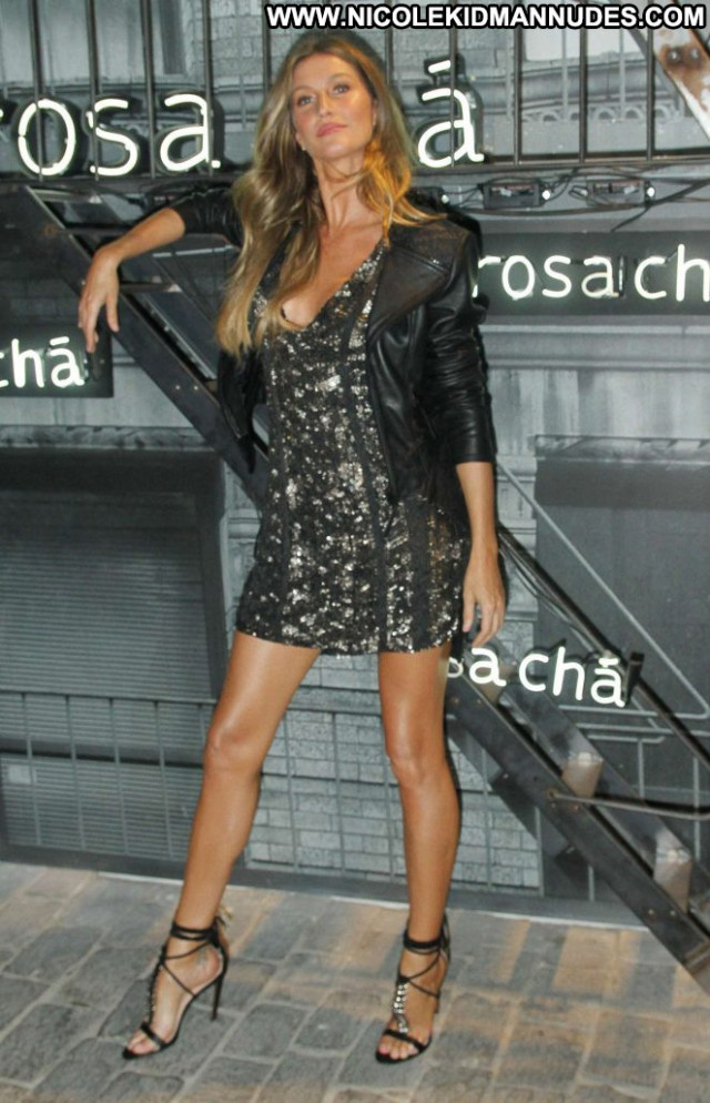 Gisele Bundchen No Source Babe Paparazzi Summer Celebrity Posing Hot