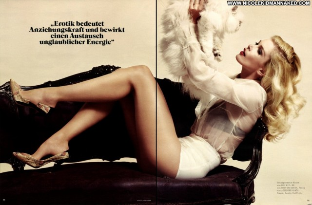 Claudia Schiffer Vogue Germany June Celebrity Posing Hot Actress
