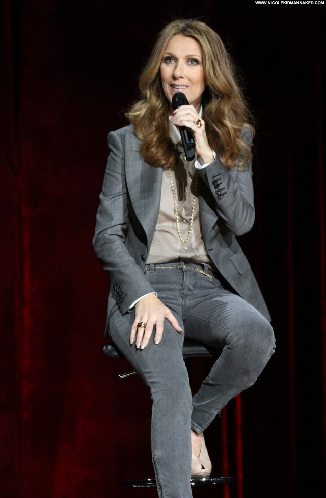 Celine Dion Performance Posing Hot Beautiful Babe High Resolution