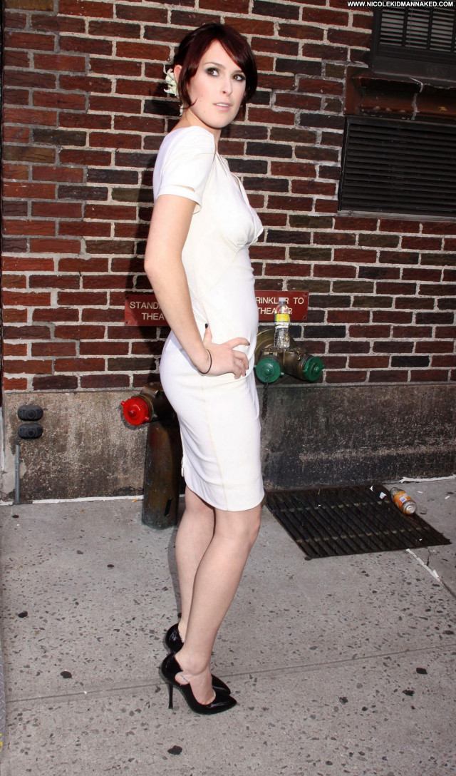 Rumer Willis Letterman Posing Hot Celebrity Beautiful Babe Nyc