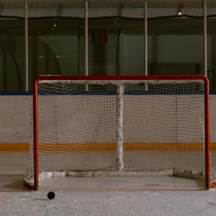 Where to Watch Hockey in Calgary