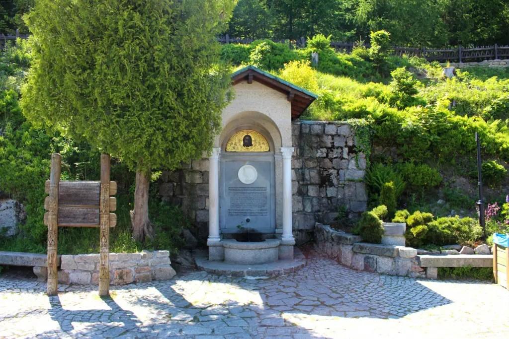 "Reistips Polen Reistips Neder-Silezië staafkerk Wang Monument ""width ="" 1024 ""height ="" 683 ""data-wp-pid ="" 8907 ""srcset ="" https://www.nicolos-reiseblog.de/wp- inhoud / uploads / 2018/09 / Reistips-Polen-Reizen-Tip-Neder-Silezië-staafkerk-Wang-monument.jpg 1024w, https://www.nicolos-reiseblog.de/wp-content/uploads/2018/09/Reisetipp-Polen Reistips Neder-Silezië Staafkerk Wang Memorial 300x200.jpg 300w, https://www.nicolos-reiseblog.de/wp-content/uploads/2018/09/Reisetipp-Polen-Reisetipp-Niederschlesien-Stabkirche-Wang- denkmal-800x533.jpg 800w, https://www.nicolos-reiseblog.de/wp-content/uploads/2018/09/Travel-Polen-Reisetipp-Niederschlesien-Stabkirche-Wang-denkmal-300x200@2x.jpg 600w "" sizes = ""(max-width: 1024px) 100vw, 1024px"" /></p data-recalc-dims="