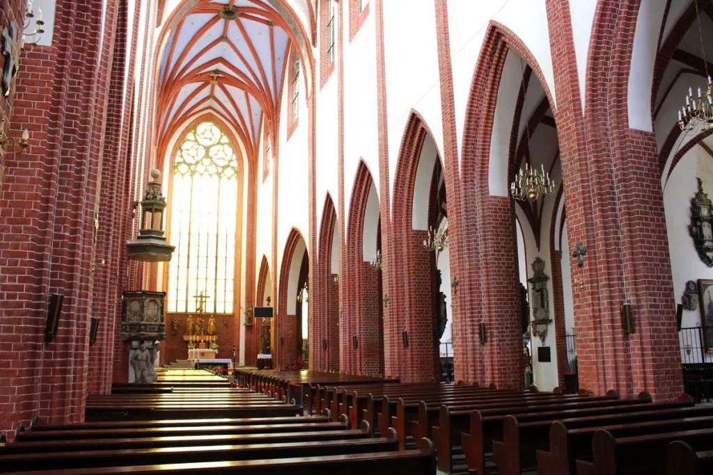 "tips-breslau-staedtetrip-st-maria-magdalena-church-inside ""width ="" 1024 ""height ="" 683 ""data-wp-pid ="" 9209 ""srcset ="" https://www.nicolos-reiseblog.de/ wp-content / uploads / 2018/11 / tipps-breslau-staedtetrip-St-Maria-Magdalena-Kirche-innen.jpg 1024w, https://www.nicolos-reiseblog.de/wp-content/uploads/2018/11 /tipps-breslau-staedtetrip-St-Maria-Magdalena-Kirche-innen-300x200.jpg 300w, https://www.nicolos-reiseblog.de/wp-content/uploads/2018/11/tipps-breslau-staedtetrip- St. Mary Magdalene Church Inside 800x533.jpg 800w, https://www.nicolos-reiseblog.de/wp-content/uploads/2018/11/tipps-breslau-staedtetrip-St-Maria-Magdalena-church -innen-300x200@2x.jpg 600w ""sizes ="" (max-width: 1024px) 100vw, 1024px ""/></p data-recalc-dims="