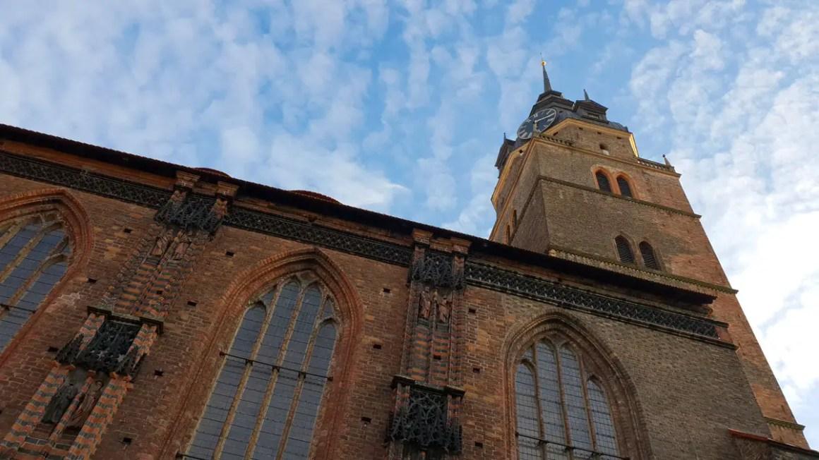"Rundreise-brandenburg-reistips-brandenburg-brandenburg-katharinenkirche-kerktoren ""width ="" 1200 ""height ="" 675 ""data-wp-pid ="" 10038 ""srcset ="" https://www.nicolos-reiseblog.de/wp- inhoud / uploads / 2019/03 / Rundreise-brandenburg-reizen-tips-brandenburg-brandenburg-katharinenkirche-kirchturm-1.jpg 1200w, https://www.nicolos-reiseblog.de/wp-content/uploads/2019/03/Rundreise -brandenburg-travel-tips-brandenburg-katharinenkirche-church-tower-1-300x169.jpg 300w, https://www.nicolos-reiseblog.de/wp-content/uploads/2019/03/Rundreise-brandenburg-reisetipps-brandenburg- brandenburg-katharinenkirche-kirchturm-1-1024x576.jpg 1024w, https://www.nicolos-reiseblog.de/wp-content/uploads/2019/03/Rundreise-brandenburg-reisetipps-brandenburg-brandenburg-katharinenkirche-kirchturm-1 -800x450.jpg 800w, https://www.nicolos-reiseblog.de/wp-content/uploads/2019/03/Rundreise-brandenburg-reisetipps-brandenburg-brandenburg-katharinenkirche-kirchturm-1-300x169@2x.jpg 600w ""sizes ="" (max-width: 1200px) 100vw, 1200px ""/></p data-recalc-dims="