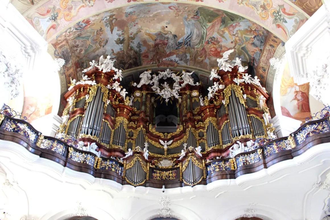 "klooster-gruessau-klooster-kerk-ascentie-reizen-tips-laag-siësta-reis-polen-orgel ""width ="" 1200 ""height ="" 800 ""data-wp-pid ="" 10241 ""srcset ="" https: //www.nicolos- reiseblog.de/wp-content/uploads/2019/04/kloster-gruessau-Klosterkirche-Mariae-Himmelfahrt-reisetipps-niederschlesien-reisetipps-polen-orgel.jpg 1200w, https://www.nicolos-reiseblog.de/wp -content / uploads / 2019/04 / klooster-gruessau-klooster-kerk-bedevaart-reizen-tips-niederschlesien-reizen-tips-polen-orgel-300x200.jpg 300w, https://www.nicolos-reiseblog.de/wp-content/ uploads / 2019/04 / klooster-gruessau-klooster-kerk-bedevaart-reizen-tips-niederschlesien-reizen-polen-orgel-1024x683.jpg 1024w, https://www.nicolos-reiseblog.de/wp-content/uploads/2019 /04/kloster-gruessau-Klosterkirche-Mariae-Himmelfahrt-reisetipps-niederschlesien-reisetipps-polen-orgel-50x33.jpg 50w, https://www.nicolos-reiseblog.de/wp-content/uploads/2019/04/ klooster-Grüssau klooster Kerk van reizen Hemelvaart tips Mary's en Neder-Silezië Rice tips-polen-orgel-800x533.jpg 800w ""sizes ="" (max-width: 1200px) 100vw, 1200px ""/></p data-recalc-dims="