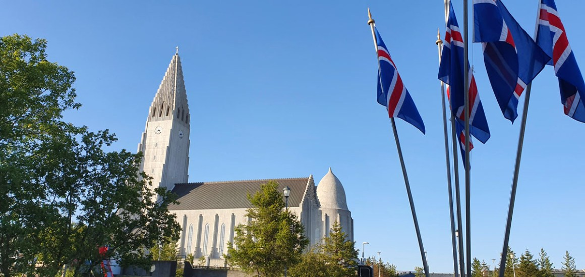 """hallgrimskirche-page-what-must-have-man-in-reykjavik-seen """"width ="""" 1200 """"height ="""" 568 """"data-wp-pid ="""" 10499 """"srcset ="""" https: //www.nicolos-travellog. DE / wp-content / uploads / 2019/07 / hallgrimskirche-page-what-must-man-in-reykjavik-seen-have.jpg 1200w, https://www.nicolos-reiseblog.de/wp-content/uploads /2019/07/hallgrimskirche-seite-was-muss-man-in-reykjavik-gesehen-haben-300x142.jpg 300w, https://www.nicolos-reiseblog.de/wp-content/uploads/2019/07/ hallgrimskirche-page-what-must-man-in-reykjavik-seen-have-1024x485.jpg 1024w, https://www.nicolos-reiseblog.de/wp-content/uploads/2019/07/hallgrimskirche-seite-was -must-man-in-reykjavik-seen-have-50x24.jpg 50w, https://www.nicolos-reiseblog.de/wp-content/uploads/2019/07/hallgrimskirche-seite-was-muss-man- in-reykjavik-seen-have-800x379.jpg 800w """"sizes ="""" (max-width: 1200px) 100vw, 1200px """"/></p data-recalc-dims="""