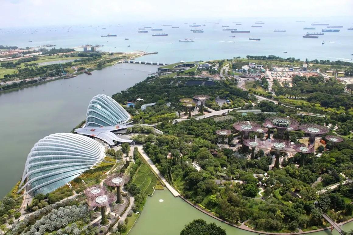 "eendaagse-in-singapore-tuinen-aan-de-baai-luchtfoto ""width ="" 1200 ""height ="" 800 ""srcset ="" https://www.nicolos-reiseblog.de/wp-content/uploads/2020 /05/ein-tag-in-singapur-gardens-by-the-bay-luftaufnahme.jpg 1200w, https://www.nicolos-reiseblog.de/wp-content/uploads/2020/05/ein-tag- in-singapore-tuinen-aan-de-baai-luftaufnahme-300x200.jpg 300w, https://www.nicolos-reiseblog.de/wp-content/uploads/2020/05/ein-tag-in-singapur-gardens -by-the-bay-luftaufnahme-1024x683.jpg 1024w ""maten ="" (max. breedte: 1200px) 100vw, 1200px ""/></noscript data-recalc-dims="