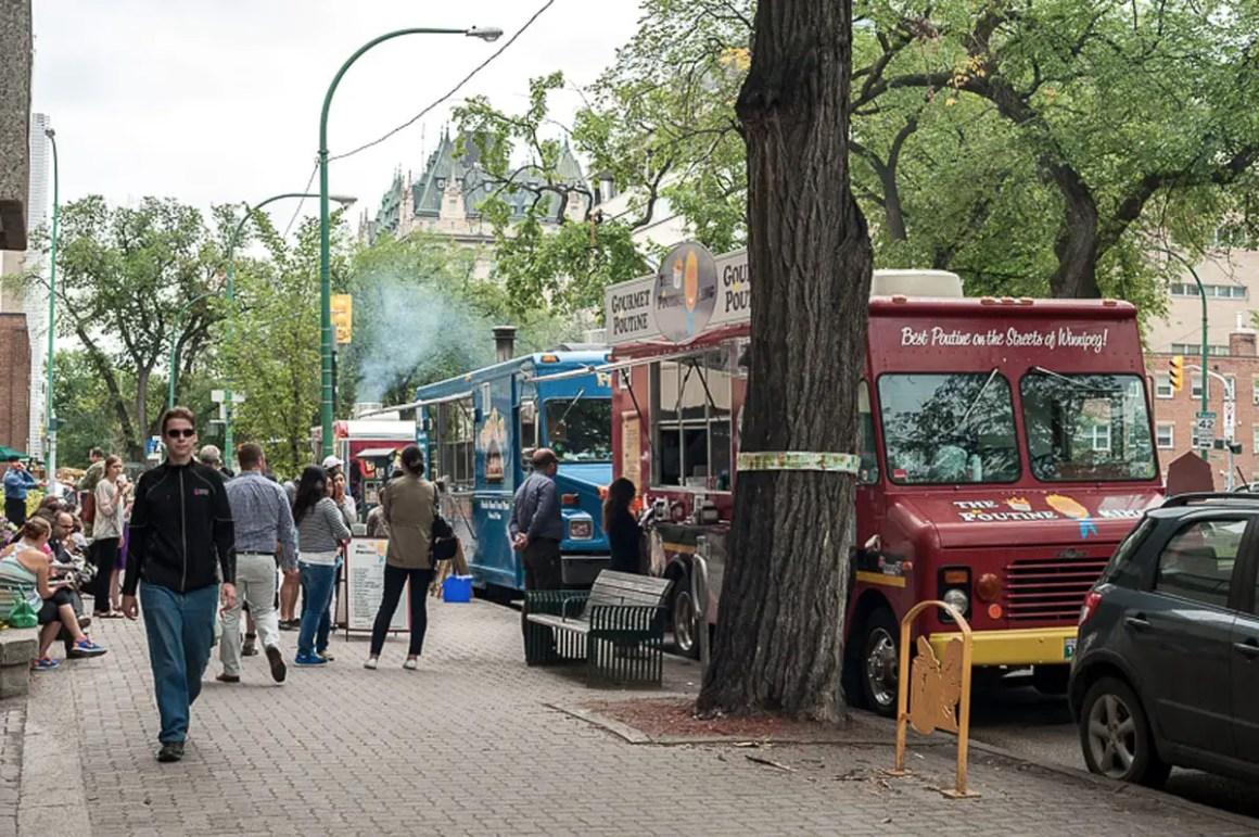ein_tag_in_Winnipeg_FoodTrucks2_RomyMlinzk
