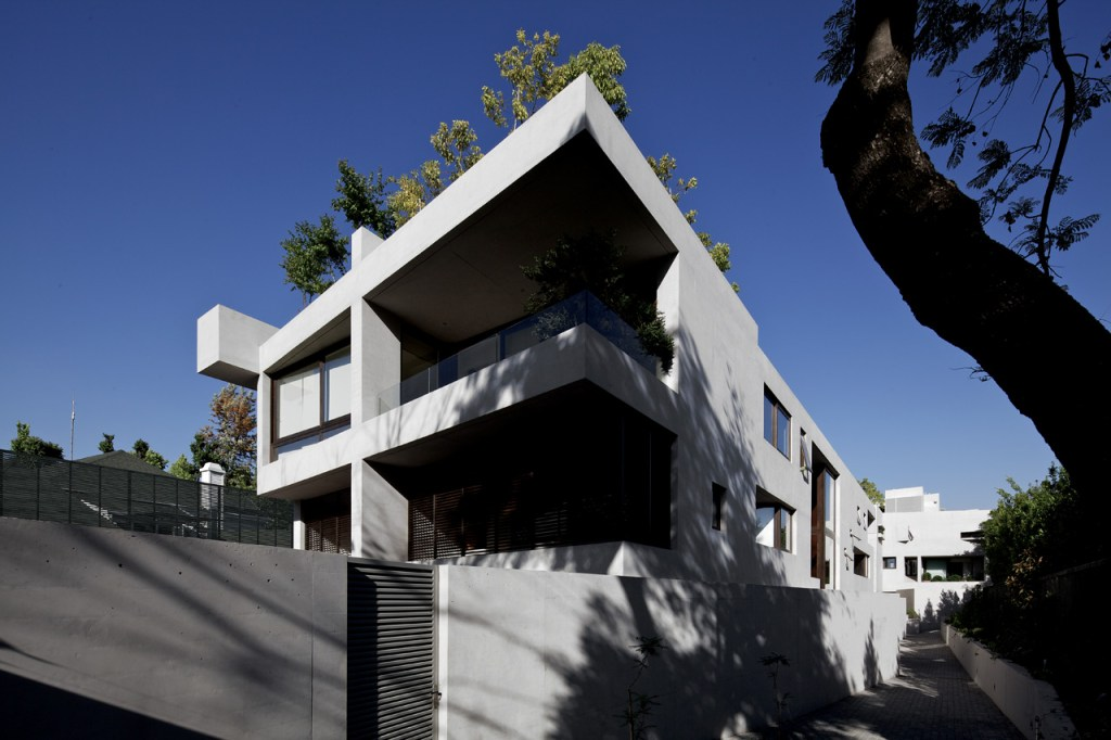 Ignacia Housing Building by Gonzalo Mardones