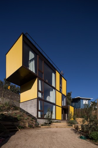 Yellow House in Zapallar, by Aguiló+Pedraza Arquitectos (14)