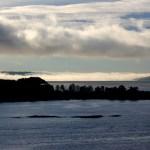 Nowegen Wolken in den Fjorden