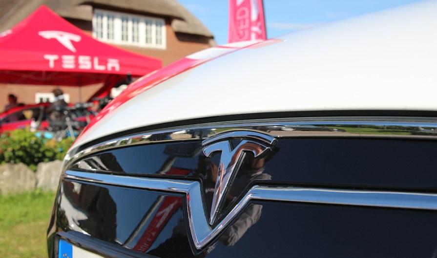 Tesla Model S Front