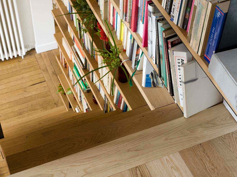 la bibliotheque escalier a la fois