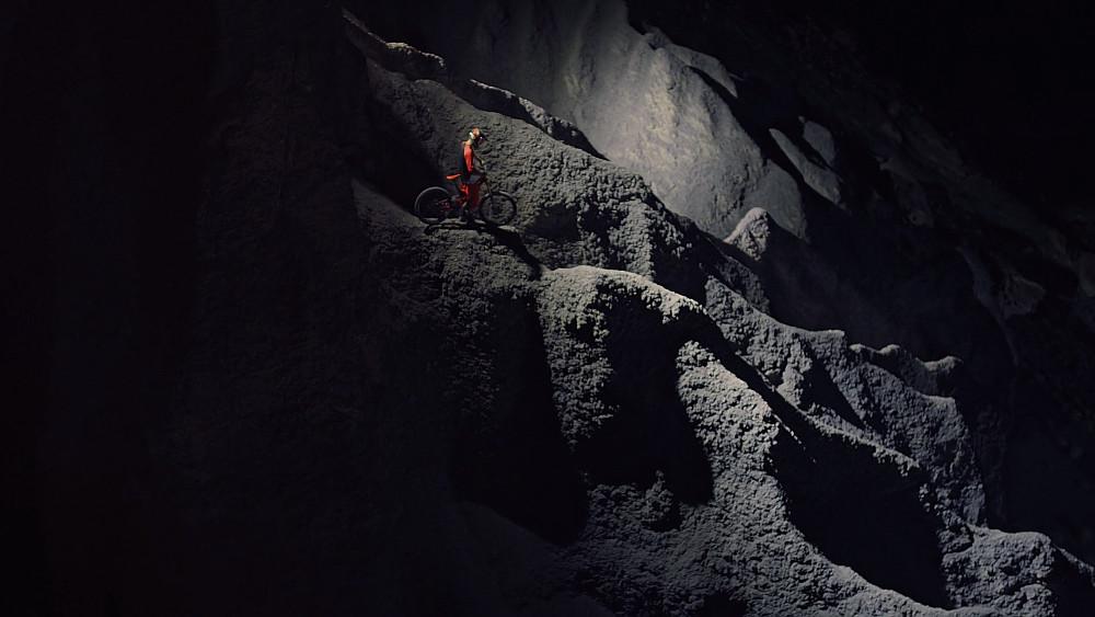 Riding-MTB-On-Moon