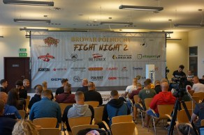 FightNight2_wazenie_0002