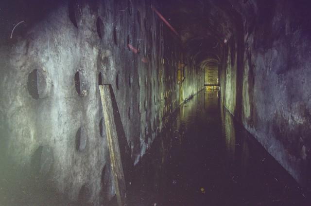 Tunelis į atsarginio išėjimo šachtą