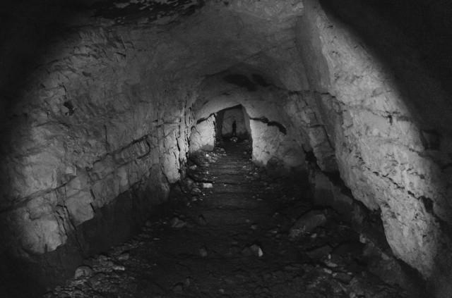 Tunelio plotis - apie 3 metrus