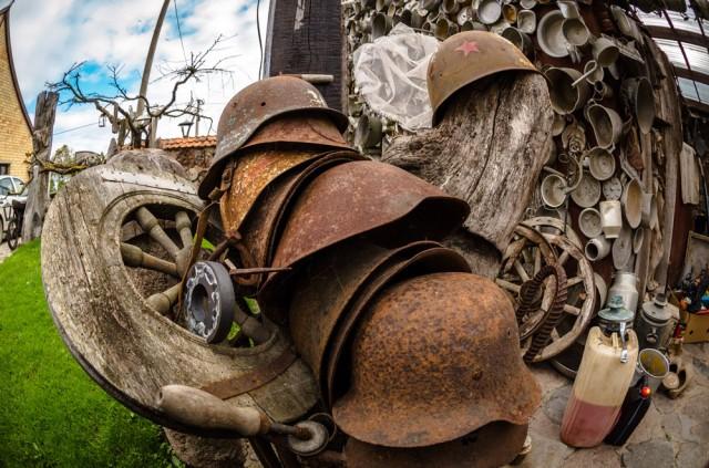 Kareiviškų šalmų kolekcija