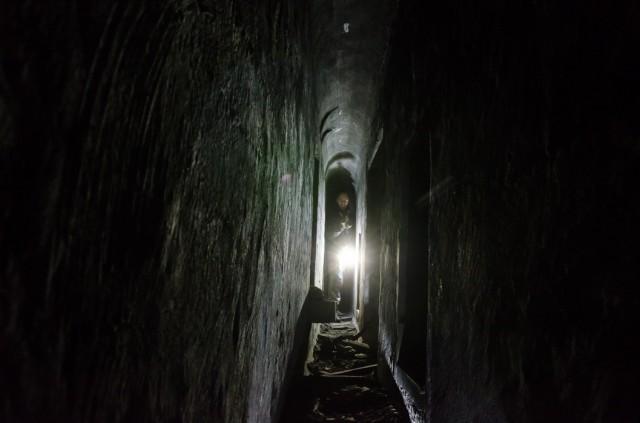Tunelis labai siauras